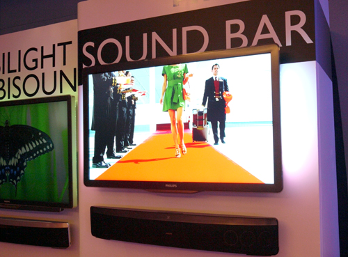 Like peas and carrots, the 8000 series LED-backlit HDTV was made to go with the Blu-ray ready HTS8140 SoundBar. Besides its claim of delivering 4 trillion colors based on it Pixel Precise HD engine, the 8000 series is now available in 4 sizes - namely in 40, 42, 46 and 52 inches.