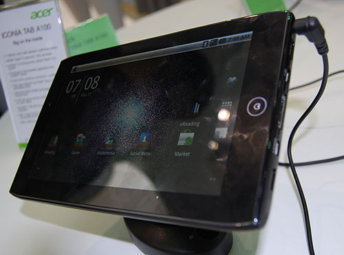 This is the new Iconia A100, which is claimed to be the first 7-inch (1024 x 600) Android 3.0 tablet. As usual, it uses NVIDIA's Tegra 2, with two cameras, a 5MP rear facing and a 2MP front facing for video calls. 720p video playback is supported with HDMI output.