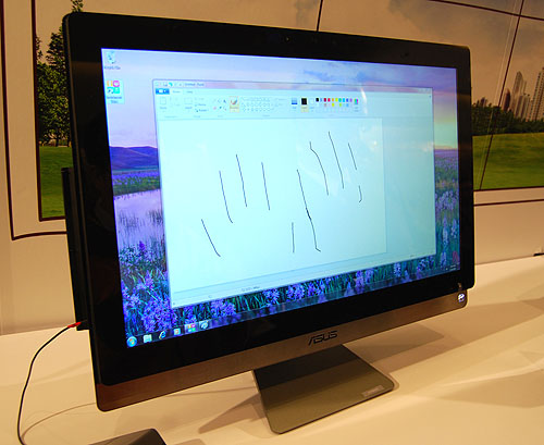 It's easy to paint with your fingers on this 27-inch ASUS AIO.