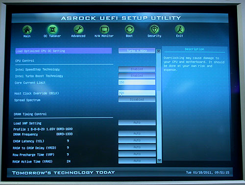 ASRock's new UEFI BIOS looks pretty competent and user-friendly. While there are no overly fancy graphics or icons, it's rather responsive and fast. It's a nice usable interface that's pleasing to the eye.