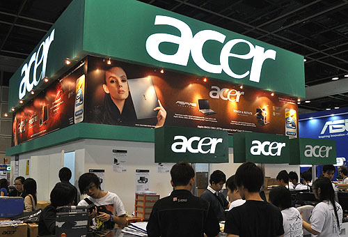 Acer's wide range of IT products is carried by a few retailers at the PC Show, so you may keep bumping into Acer from time to time as you browse the show floor.