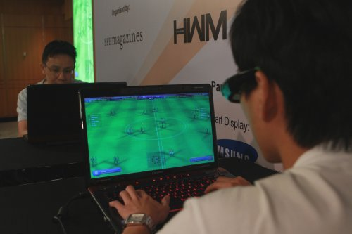 Experience Toshiba's latest 3D notebooks or take a stab at the FIFA Online 2 competition, it's all about getting up close and personal.