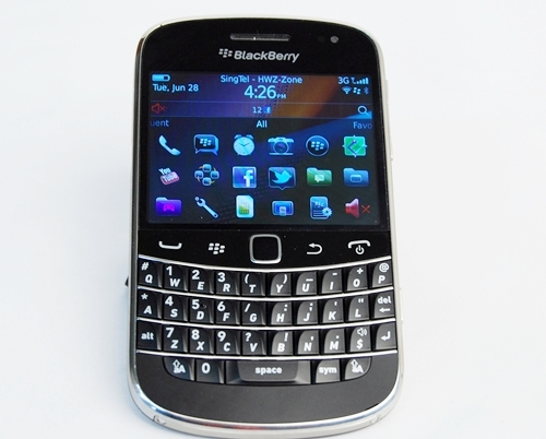 The BlackBerry Bold 9900 is the fourth iteration of the Bold series by RIM.