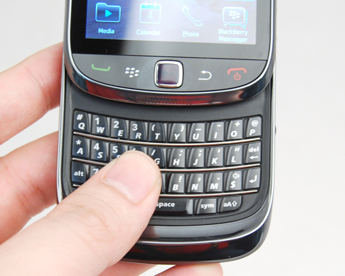 The familiar QWERTY keyboard is hidden below the sliding display.