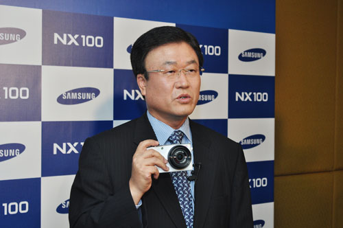 President of Samsung Digital Imaging Division Mr. Sang Jin Park was there personally to help launch the NX100.