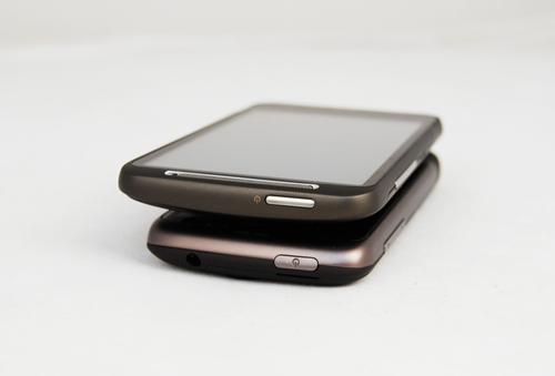 The Power On button is visibly thinner but longer on the Desire HD, a throwback to the Nexus One.