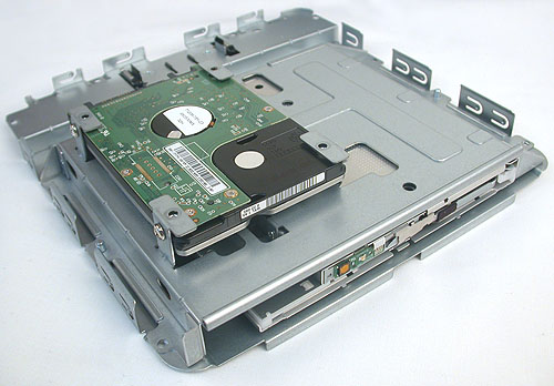 The 2.5-inch 7200RPM WD hard drive that comes with the Vision 3D is a 500GB model. Since it comes with no OS installed by default, it's easy enough to change to your preferred model. The BD combo drive appears to be by Philips and Lite-On.