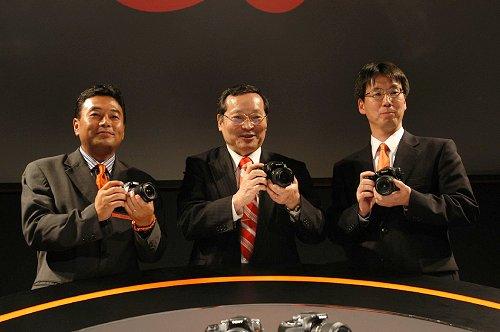 From left: Tatsuo Takahashi, GM Digital Imaging Marketing of Sony Asia Pacific, Yutaka Nakagawa, Executive VP and CEO, Digital Imaging; and Toru Katsumoto, Senior GM, Digital Imaging.