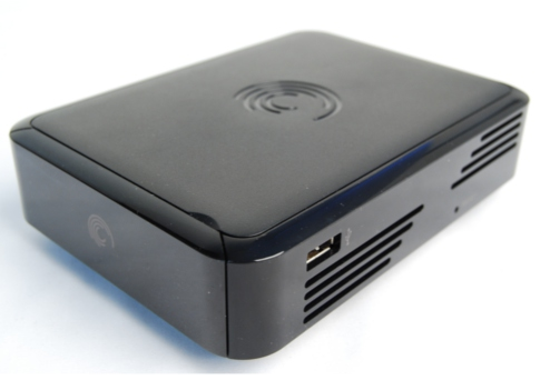 Note the lone USB port on the side. In this view, you can also note that the front face has a flap to insert a Seagate GoFlex hard drive for a more seamless integration between their products. Of course, you can still use other external hard drives to hook up with the media player, so it's compatible with all options in the market.