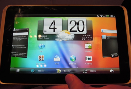 The HTC Flyer comes shipped with the trademark HTC Sense UI. It has been notably tweaked for a more fluid tablet experience, i.e., there are eight home pages for the placement of important widgets, shortcuts and folders. Like the Honeycomb UI for tablets, the UI boasts of a '3D-eseque' design.