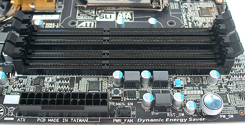 Nothing unusual here, with the black motif extending to the DIMM slots.