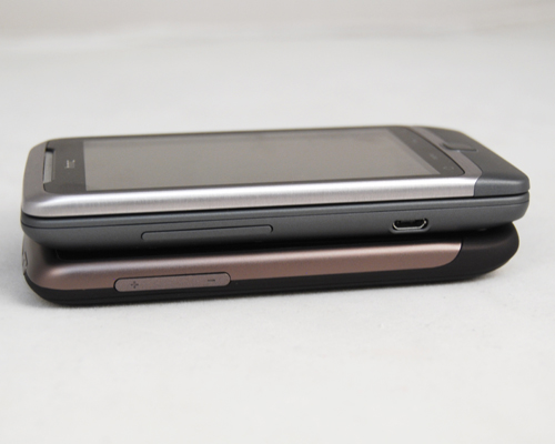 Sharing the same screen size as the HTC Desire, the Desire Z comes with a slightly thicker profile at 14.16mm.