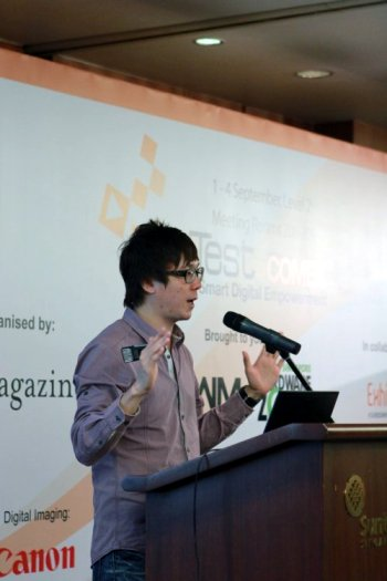 HTC product and UI presentation by Wayne Tang, Product Marketing Manager of HTC Singapore.