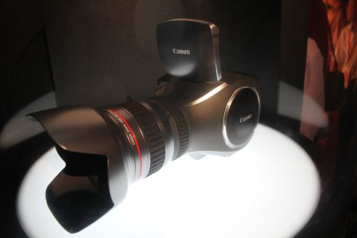 A prototype but functioning 8-Megapixel 4K camcorder/camera by Canon.