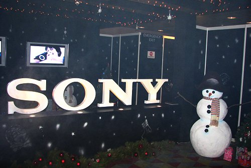 It was a white Christmas at the entrance of Sony Christmas Fest.