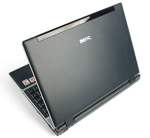 A matte black finish so typical of notebooks is found on the BenQ Joybook P41.