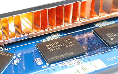 The 1.4ns rated memory modules are typical for the GeForce 7900 GS and surprisingly, ASUS opted not to attach the heatsink to the modules for added cooling.