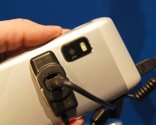 An 8-megapixel camera is included, but you'll notice the absence of the Carl-Zeiss brand on the E7.