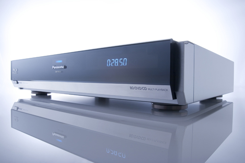 Panasonic announced its first Blu-ray Disc Player (DMP-BD10).