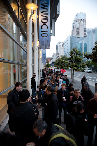 The line around the Moscone Center building started as early as 8.30pm the night before!