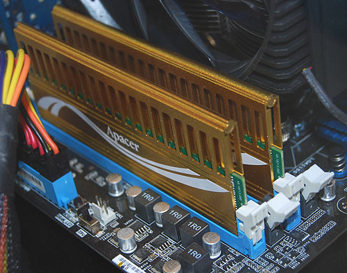 Apacer's Giant II series DDR3 memory is rated at 2133MHz, with a latency of 9-9-24, CL7.