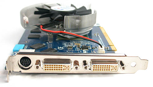 Nothing special here as the dual-link DVI outputs are standard issue for GeForce 7900 GT cards. So is the mini-DIN output.