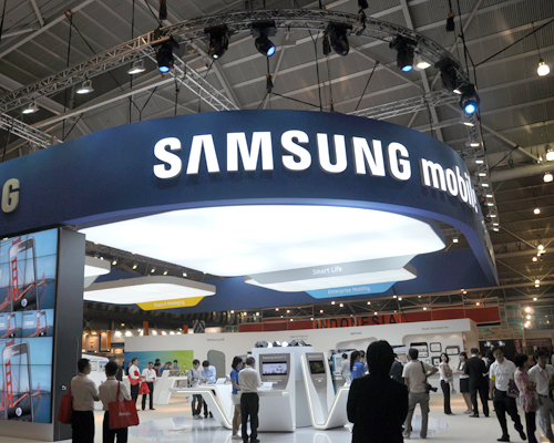 The Samsung booth showcased its earlier lineup such as the Samsung Wave and Galaxy S, to its new iterations - the Samsung Wave 2 and Wave 2 Pro as well as the Samsung Galaxy 3 and Galaxy 5.