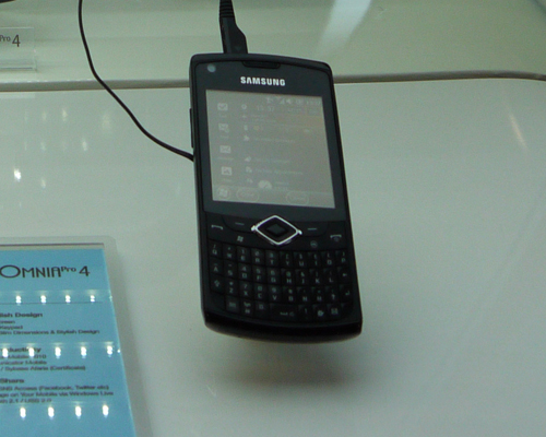 ...the Samsung Omnia Pro 4, which is powered by Microsoft Windows Mobile 6.5 Professional. This means you can opt to use the physical keys or rely solely on its 2.62-inch touchscreen. Both devices will be loaded with Microsoft Office 2010 Mobile.