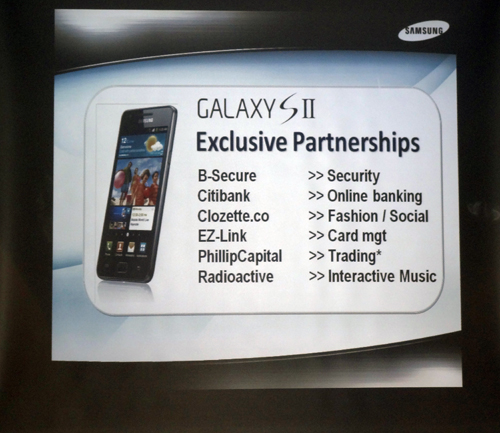 Focusing on the software side of things, Samsung also announced a couple of exclusive partnerships for relevant apps and services, including secure online banking and transaction-tracking services for public transportation.