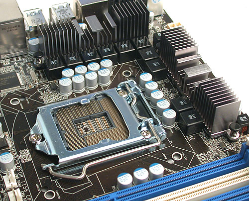 Fairly minimal passive heatsinks around the socket means that users shouldn't have any trouble with larger CPU coolers.