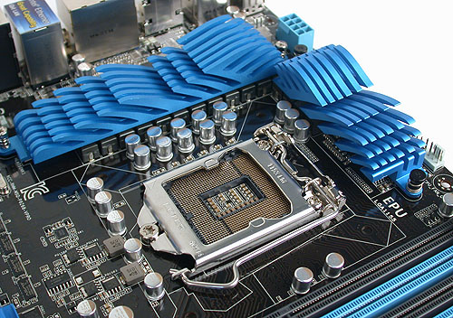 Nothing too surprising here at the LGA1155 socket - plenty of space and ASUS' 12+4 power phase design.