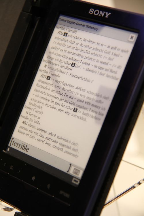 """The 5"""" e-reader from Sony (PRS-650/350) now features touch-screen functionality, 12-language dictionary function and 2GB memory for storing up to 1,200 books."""