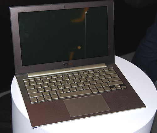 It looks to have a reflective screen. No specs yet about the display, but we expect 1366 x 768 resolution for its class.