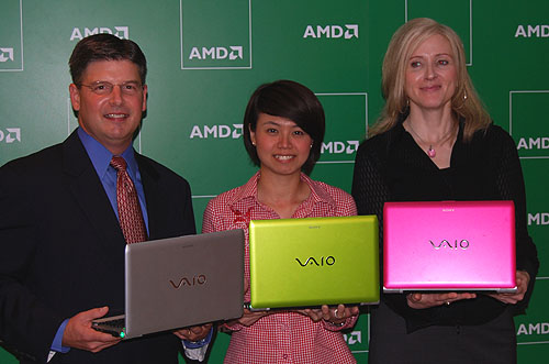 AMD executives posing with Sony's new VAIO YB series, powered by AMD's Fusion APU.