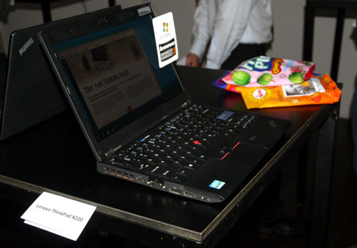 What's notable about the X220 is its seamless touchpad which does not incorporate any hardware buttons. The TrackPoint is still present for those who fancy it. The notebook's 9-cell battery is supposed to last up to 15 hours, while the external pack can last up to 23 hours. The X220 begins with a starting price of S$1,999.