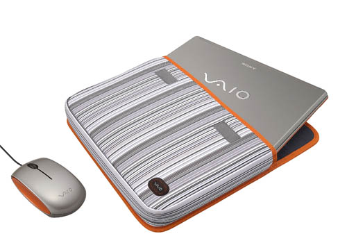 Targeted at the young and trendy, the unique Sony VAIO C notebooks can be expressed with matching accessories that are available separately.