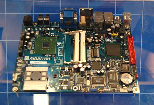 The Albatron Nano Abox is a small form factor mobile Core Duo/Solo board featuring the Intel 945PM/ICH7 chipset.
