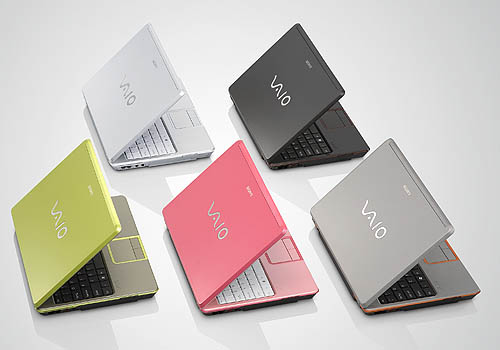 The Sony VIAO C comes in five unique colors: Seashell White, Espresso Black, Spring Green, Blush Pink and Urban Gray. These colors are not normally part of the standard color palette and were conceived specially for the Sony VIAO C notebooks.