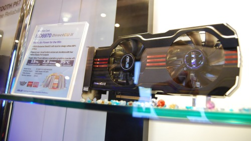 ASUS' custom edition Radeon HD 6970 arrived using DirectCU II design.