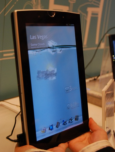 Next, meet the Eee Pad Slider, an NVIDIA Tegra 2 powered tablet with a slide-out QWERTY keyboard. It has a 10.1-inch WXGA capacitive touch screen, dual camera sensors, optional 3G module and all of this runs on an Android (Honeycomb) OS. Like the Memo above, the Slider too supports ASUS MyWave, an online content store with cloud services.