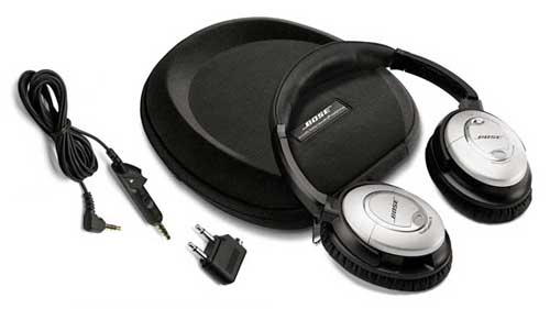 The QuietComfort 15 comes with a hard carrying case, detachable audio cable, airline adapter, and a AAA battery.