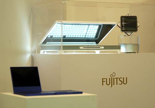 The highlight of the showcase was Fujitsu's very own concept laptops designed by Kenichi Kimura, Chief Designer and Design Consultant of the Personal Solution Design Department, Design Center, Fujitsu.