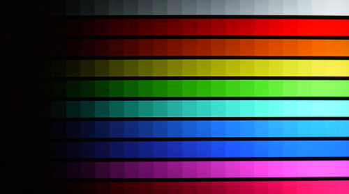 DisplayMate's Color Scales Test: This TV is more adept with brighter colors rather than darker tones. As seen in the Color Scales test, there were little color or compression discrepancies. Keep this in mind if you plan to view photos or static images on the LW6500.