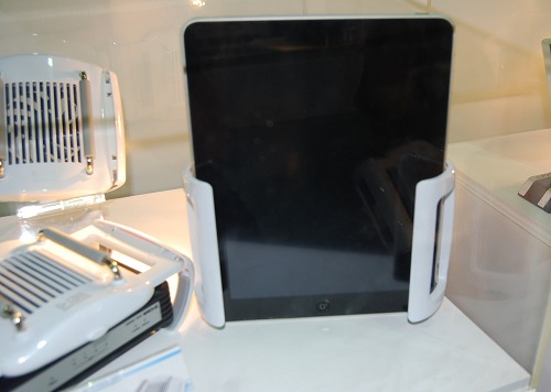 Evercool suggests that one can adapt the Dr.Cool router cooler for other devices, like the iPad.