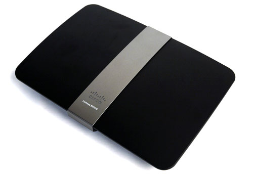 Design & Features : Cisco Linksys E4200 - Built for the Fast