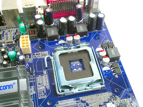 Full LGA775 CPU support thanks to the Intel G965 chipset used.