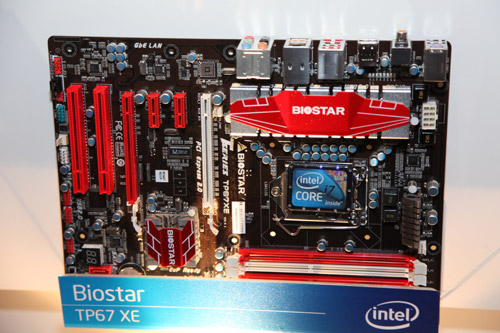 The Biostar TP67 XE also comes with two PCI Express graphics slot for SLI or CrossFireX configuration.