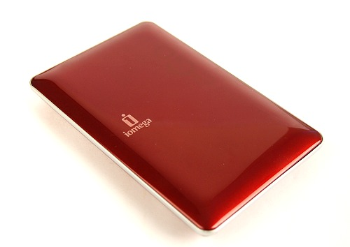 Here's the Iomega eGo Portable 500GB dressed in ruby red. For your information, the drive within is actually a Seagate drive.