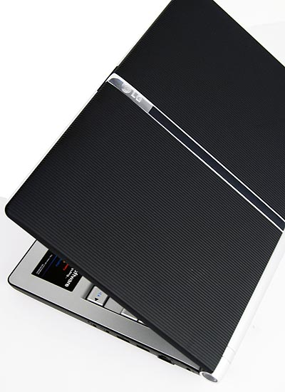 The LG T380.