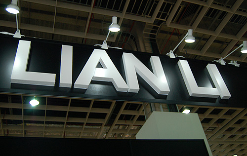 Lian Li's booth was packed with casings, we show you their top picks.